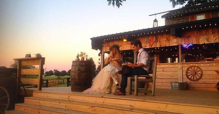 rustic outdoor KY wedding farm