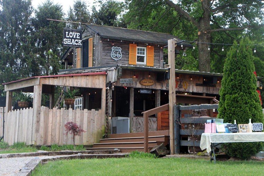 Love Shack - Kentucky's Ultimate Wedding Farm